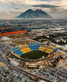 Soccer Stadium, Football Stadiums, Stadium Architecture, World Football, Types Of Photography, Fifa World Cup, American Football, City Photo, Around The Worlds