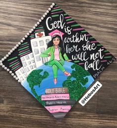 On top of the world Graduation Cap Design by Teacher Graduation Cap, College Graduation Pictures, Nursing School Graduation, Graduation Cap Designs, Graduation Cap Decoration, Grad Cap, Graduation Stole, Graduation Quotes, Graduation Announcements