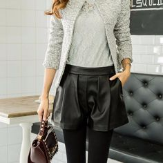 Femmes noir jambe large Short en cuir PU pantalons mode dames occasionnels pantalons courts Femme dans Shorts de Femmes de Vêtements et Accessoires sur AliExpress.com | Alibaba Group