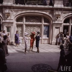 Dior in Moscow . 195