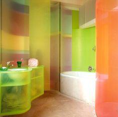 Plexiglass bathroom