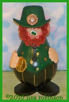 PATRICK Spring Irish Leprechaun Elf recycled light bulb pdf epattern prim chick acrylic painting pattern 757