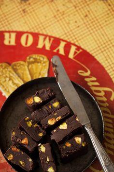 Chocolate fudge for dessert   la casa sin tiempo