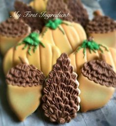 Michelle West-sion, My First Ingredient: Pine cones make great filler cookies. Love those acorns and pumpkins too! ♡♡♡♡♡