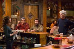 Sam Elliott, Debra Winger, Ashton Kutcher, and Danny Masterson in The Ranch Ashton Kutcher, Best Tv Shows, Favorite Tv Shows, The Ranch Tv Show, The Ranch Netflix, Original Tv Series, Sam Elliott, Men Tv, Half Man