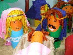 Nacimiento con rollos de papel higiénico Sunday School, Nativity, Diy And Crafts, Outdoor Decor, Fun, Fotos Ideas, Ideas Creativas, Grandkids, Toilet Paper