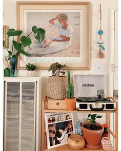 """This """"bachelor apartment"""" is essentially a studio apartment without a kitchen, so Bailey turned a TINY closet into a fully functioning kitchenette. My New Room, My Room, Wallpaper Azul, Bamboo Shoe Rack, Aesthetic Room Decor, Room Ideas Bedroom, Living Room Kitchen, Living Room Decor College, Diy Kitchen"""