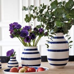Hand-painted stripes mark the classic Omaggio line by Kahler