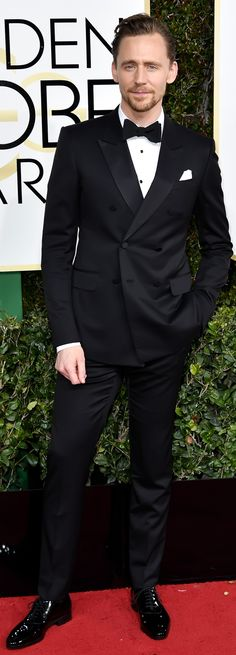 Tom Hiddleston attends the 74th Annual Golden Globe Awards at The Beverly Hilton Hotel on January 8, 2017 in Beverly Hills, California. Source: Torrilla. Full size image: http://ww4.sinaimg.cn/large/6e14d388ly1fbk4gu0fngj22o04014qr.jpg
