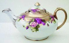 Royal Chelsea Golden Rose Teapot & Lid