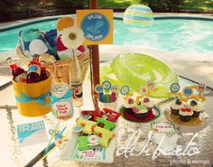 Pool Party Printables, #dilibertodesign Pool Party Kids, Luau Party, Pool Parties, Party Summer, Beach Party, Bubble Birthday Parties, Birthday Fun, Splash Party, Colorful Party