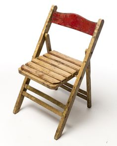 CH106-Distressed-Wood-Folding-Chair-with-Red-Back.jpg