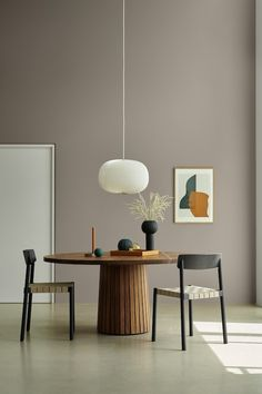 At home, enjoy an amazing ebook with the most celebrated interior designers from New York! Cafe Interior, Interior Exterior, Home Interior Design, Interior Colors, Dining Room Colors, Dining Room Design, Dining Rooms, Objet Deco Design, Design Blog