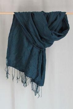 cocon.commerz PRIVATSACHEN Karierter Fransen-Schal aus Seide in schwarz-blau