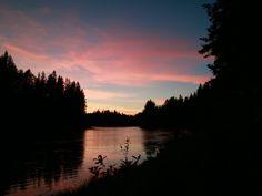 Pink Clouds #Sandqvist #Adventure #Voxnan #Sweden #River #Forest