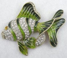 Green Enameled Fish Brooch - Garden Party Collection Vintage Jewelry
