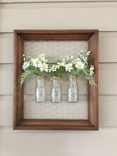 Chicken wire frame - beautiful hanging plants ideas for home decor Page 27 of 42 Chicken Wire Crafts, Chicken Wire Frame, Rustic Decor, Farmhouse Decor, Farmhouse Style, Modern Farmhouse, Coastal Decor, White Farmhouse, Farmhouse Furniture