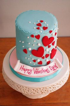 Valentines Day Cake by Sugarbelle Cakes