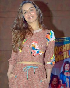 Shraddha Kapoor, Christmas Sweaters, Cake, Fashion, Moda, Fashion Styles, Food Cakes, Christmas Jumpers, Cakes