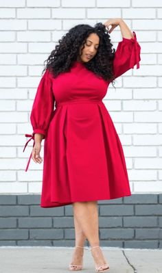 Fashion hacks and tips for curvy women. Chic and edgy outfits to make your waist… Fashion hacks and tips for curvy women. Chic and edgy outfits to make your waist look smaller. Curvy Outfits, Edgy Outfits, Simple Outfits, Plus Size Outfits, Look Plus Size, Dress Plus Size, African Fashion Dresses, African Dress, Plus Size Fashion Tips