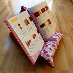 Die 381 Besten Bilder Von Buch Kissen Lesesack Cartonnage Journal