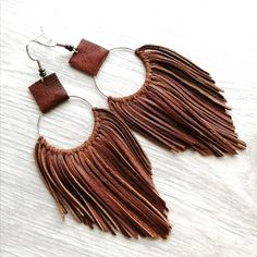Leather Jewelry Making, Diy Leather Earrings, Diy Earrings, Earrings Handmade, Handmade Jewelry, Seashell Jewelry, Boho Jewelry, Jewelry Crafts, Jewlery