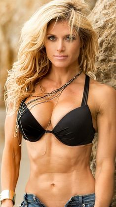 Want to get in shape but don't know how?  FREE video for ladies only:  http://getslimandsexy.com
