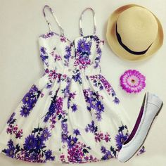 dress purple flowers sundress cute dress short dress gorgeous beautiful purple flower lovely purple summer dress purple floral dress woman's hat floral dress white and purple hat girly top skirt purple dress summer floral dress lilac floral dress Cute Fashion, Look Fashion, Teen Fashion, Womens Fashion, 70s Fashion, Fashion Clothes, Fashion Beauty, Fashion Outfits, Fashion Tips