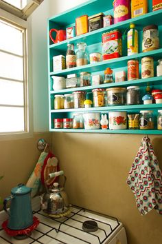 Connected kitchens: when home automation comes into the kitchen - My Romodel Boho Kitchen, Vintage Kitchen, Kitchen Decor, Kitchen Design, Herd, Kitchen Colors, Decorating Blogs, Hygge, House Colors