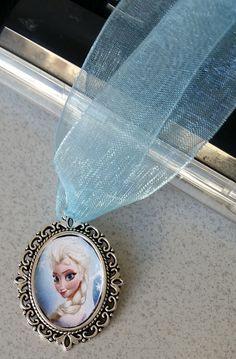 Collana Frozen di MalibuBabyHandmade su Etsy