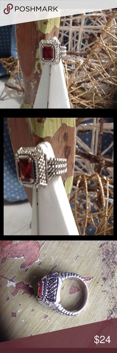 Chunky Silver Ring Square chunky ring. Size 6-6 1/2. Never worn. Jewelry Rings