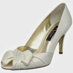 Wedding Shoes  http://myweddingshoes.blogspot.com/2013/10/wedding-shoes.html
