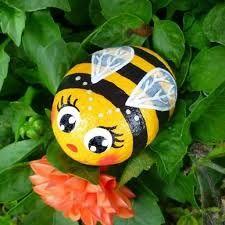 ladybird pebbles ile ilgili görsel sonucu