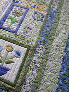 The quilting on this is really great~like the random block sizes and placement