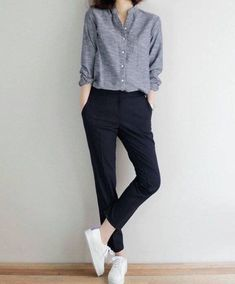 Pin by maggie pershad on summer look moda, moda minimalista, Uni Outfits, Summer Work Outfits, Casual Outfits, Fashion Outfits, Dress Casual, Fashion Ideas, Sneakers Fashion, Fashion Clothes, Dress Outfits