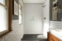White subway tile - Subway tiles were originally designed for the French metro. Nowadays you can find them in both rural and modern interiors. Timeless Bathroom, Modern Master Bathroom, Modern Farmhouse Bathroom, Small Bathroom, White Bathrooms, Luxury Bathrooms, Master Bathrooms, Minimalist Bathroom, Dream Bathrooms