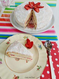 Κέικ Με Φράουλες Και Καρύδα/ Strawberry-coconut Cake | Cook And Feed