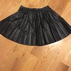 H&m skirt Skirt H&M Skirts Mini