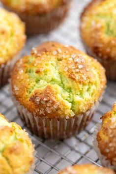 These Pistachio Muffins taste like they came from a bakery with their perfectly domed tops and delicious pistachio flavor. These Pistachio Muffins taste like they came from a bakery with their perfectly domed tops and delicious pistachio flavor. Köstliche Desserts, Dessert Recipes, Plated Desserts, Brunch Recipes, Health Desserts, Cake Recipes, Food Cakes, Cupcake Cakes, Nutella Muffin
