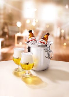 • Client : Duvel • Artistic Direction : Chic • Photos & Retouching : les ateliers Wine Design, Drink Menu, Creative Advertising, Design Reference, Moscow Mule Mugs, Barware, Photoshop, Beer, Drinks