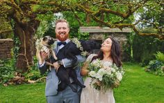 OUTDOOR DURHAMSTOWN CASTLE WEDDING I recently came across Durhamstown Castle as I had the pleasure of photographing one of my Brides and Grooms there on their wedding day