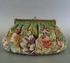 Изящная вечерняя сумочка 1920-30-х годов