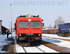 7122 031 HŽ - Hrvatske željeznice 7122 at Varaždin, Croatia by HR-rail-spotter