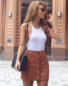 très chic.♡ models 1 ldn, boss models, karin paris.  ✉️nadaadelle@live.co.uk fashion&lifestyle blog👇🏼