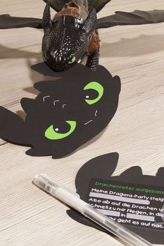 einladungskarten kindergeburtstag dragons - The world's most private search engine Dragon Birthday Parties, Dragon Party, Diy Birthday, Birthday Cards, Make Birthday Invitations, Diy Invitations, Invitation Cards, Toothless Party, How Train Your Dragon