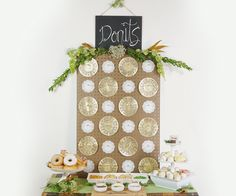 Check out this DIY Donut Wall step-by-step guide! How fun would it be to make your very own reception bar piece! Personalize it with your wedding colors and decor to add a fun and stylish dessert station for your cocktail hour or after-dinner dessert! Donut Decorations, Wedding Decorations, Philadelphia Wedding Venues, Diy Donuts, Traditional Wedding Cake, Chic Vintage Brides, Donut Party, Wedding Reception Venues, Diy Wall Decor