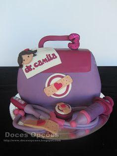 Doces Opções: Bolo de aniversário da Doutora Camila