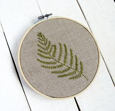 Awesome Most Popular Embroidery Patterns Ideas. Most Popular Embroidery Patterns Ideas. Embroidery Patterns Free, Embroidery Hoop Art, Hand Embroidery Designs, Floral Embroidery, Cross Stitch Embroidery, Christmas Embroidery, Crochet, Floral Nursery, Nursery Decor