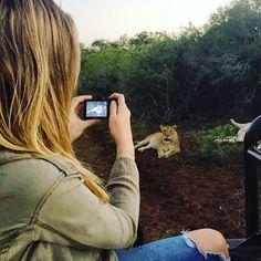 O que dizer de um hotel que tira completamente o seu fôlego? Esse é o Thanda Safari, hotel que eu fiquei na África do Sul, onde fiz os safaris incríveis que vocês acompanharam pelo meu Instagram e Snapchat. Começando pelo atendimento impecável do hotel, onde todos sorriem, todo mundo é super feliz e tem o …