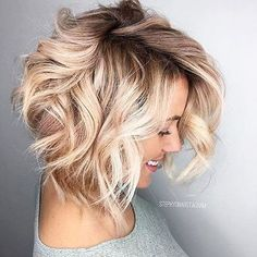 25 blonde balayage short hair looks like you love it short looks blonde bal Angled Bob Hairstyles, Bob Haircuts, Asymmetrical Haircuts, Short Blonde Haircuts, 2018 Haircuts, Medium Hairstyles, Blonder Bob, Balayage Hair Blonde, Balayage Bob